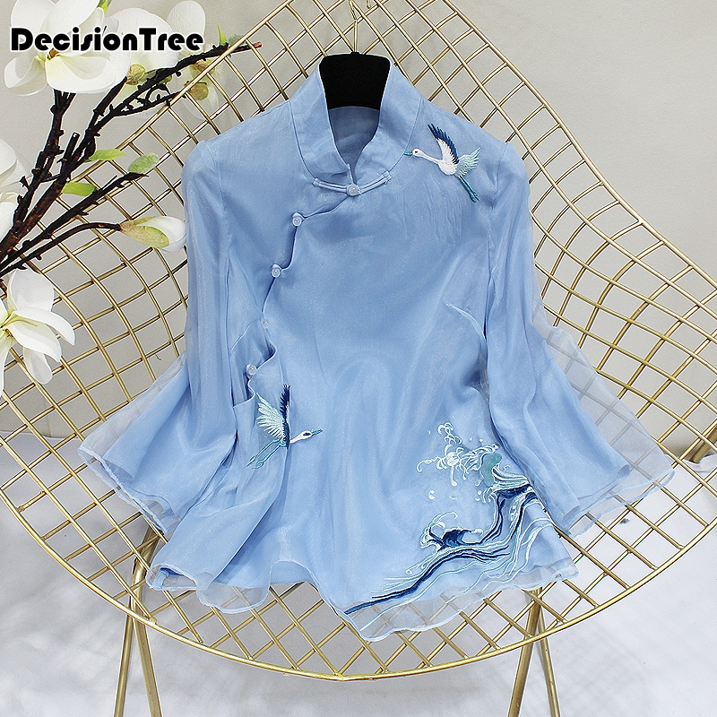 2019 Chinese Shirt Traditional Chinese Blouse Qipao Top Qipao Blouse Women Tops Cheongsams Lace Embroidery Blouse For Ladies