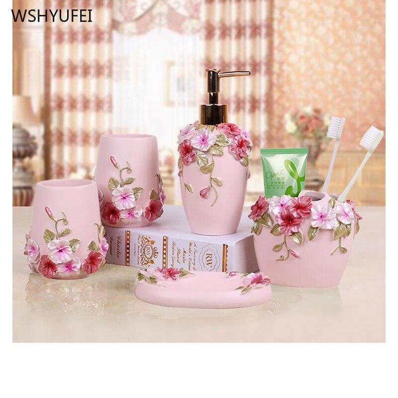 Belle fleur papillon résine salle de bain accessoires douche ensemble de 5 pièces distributeur de savon porte-brosse à dents gobelet porte-savon