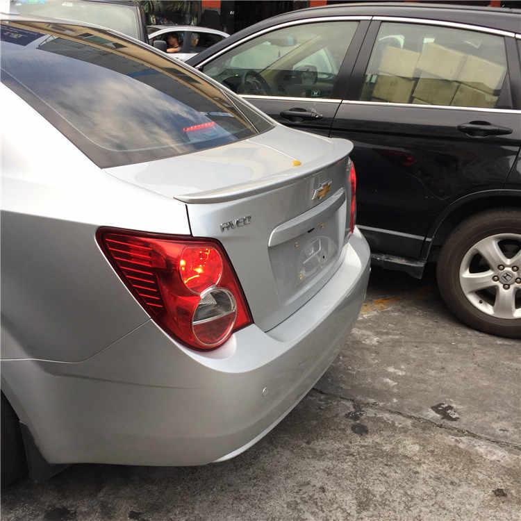 シボレーアベオのためのスポイラー 2011-2015 aveo 高品質の abs 材料車のプライマー色リアスポイラー