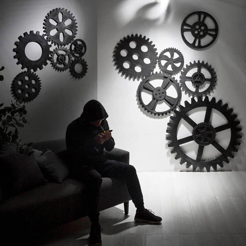 Creative Wood Gear Coffee Shop Wall Decoration Imitation Metal Wall Hanging Retro European Wooden Wheel-brilliant-shape Ornament