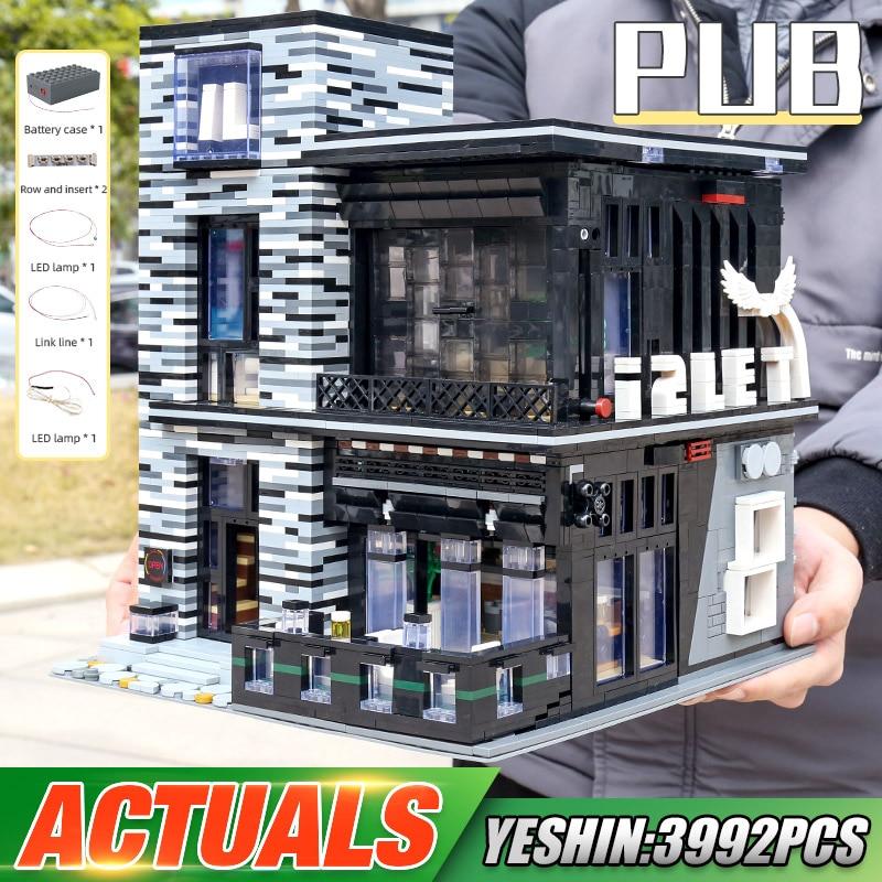 MOULD KING 16042 The MOC-53084 Pub & Restaurant Model With Led Parts