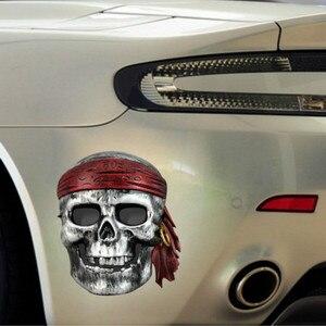 Image 2 - SLIVERYSEA 13 ซม.* 12 ซม.รถจัดแต่งทรงผม Stylish Pirate Skull PVC ไวนิลสติกเกอร์รถยนต์และ Decals