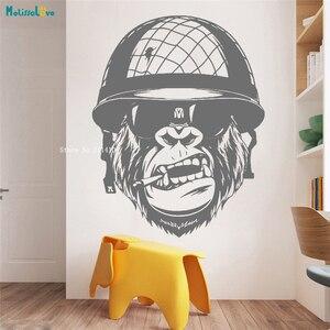Настенный стикер Gorilla Smoking Solider для спальни, мальчиков, армейская наклейка с обезьяной, виниловый декор для детской комнаты, домашний декор ...