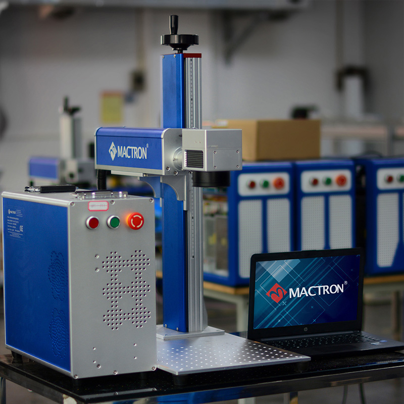 European Standard Raycus 50W Mini Metal Laser Engraving Machine With Laptop And Auto-focus