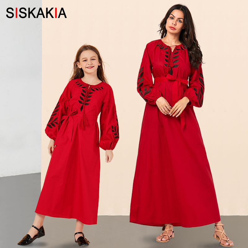 Family Look Mother Daughter Outfits Dress Long Red Plus Size Casual Muslim Family Matching Clothes Chic Embroidered Maxi Dresses