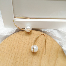 New fashion jewelry simple golden wire irregular earrings trend personality lady charm pearl women gift