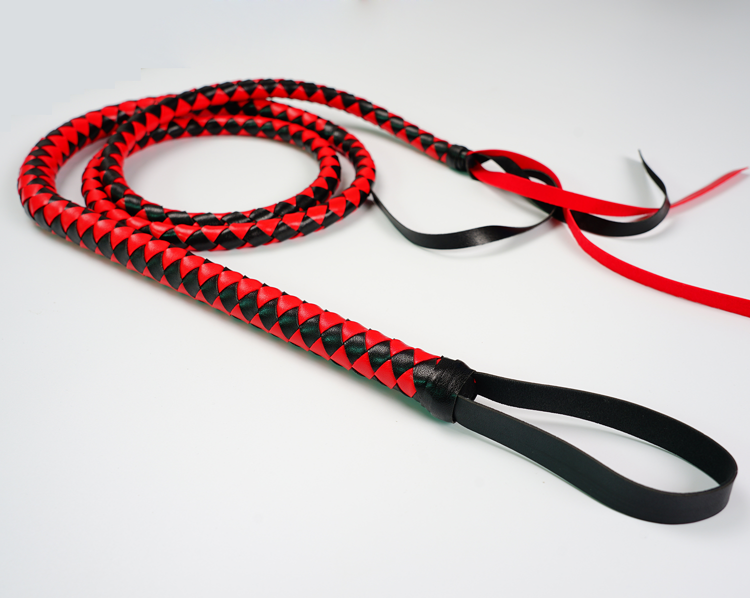 Leather Horse Whip Bull Whip, 4 Plait Bullwhip, 6 Feet - Color Choice: White Or Red