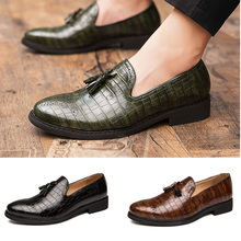 2020 Men Dress Shoes Gentleman Paty Leather Wedding Shoes Men Flats Leather Oxfords Formal Shoes