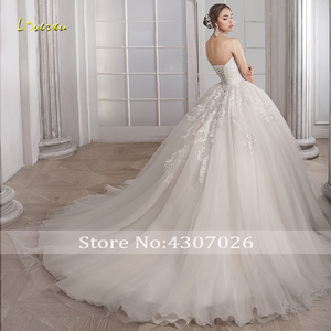 Image 2 - Loverxu מתוקה כדור שמלת חתונת שמלות אלגנטי Applique שרוולים תחרה עד הכלה שמלות משפט רכבת כלה שמלה בתוספת גודל