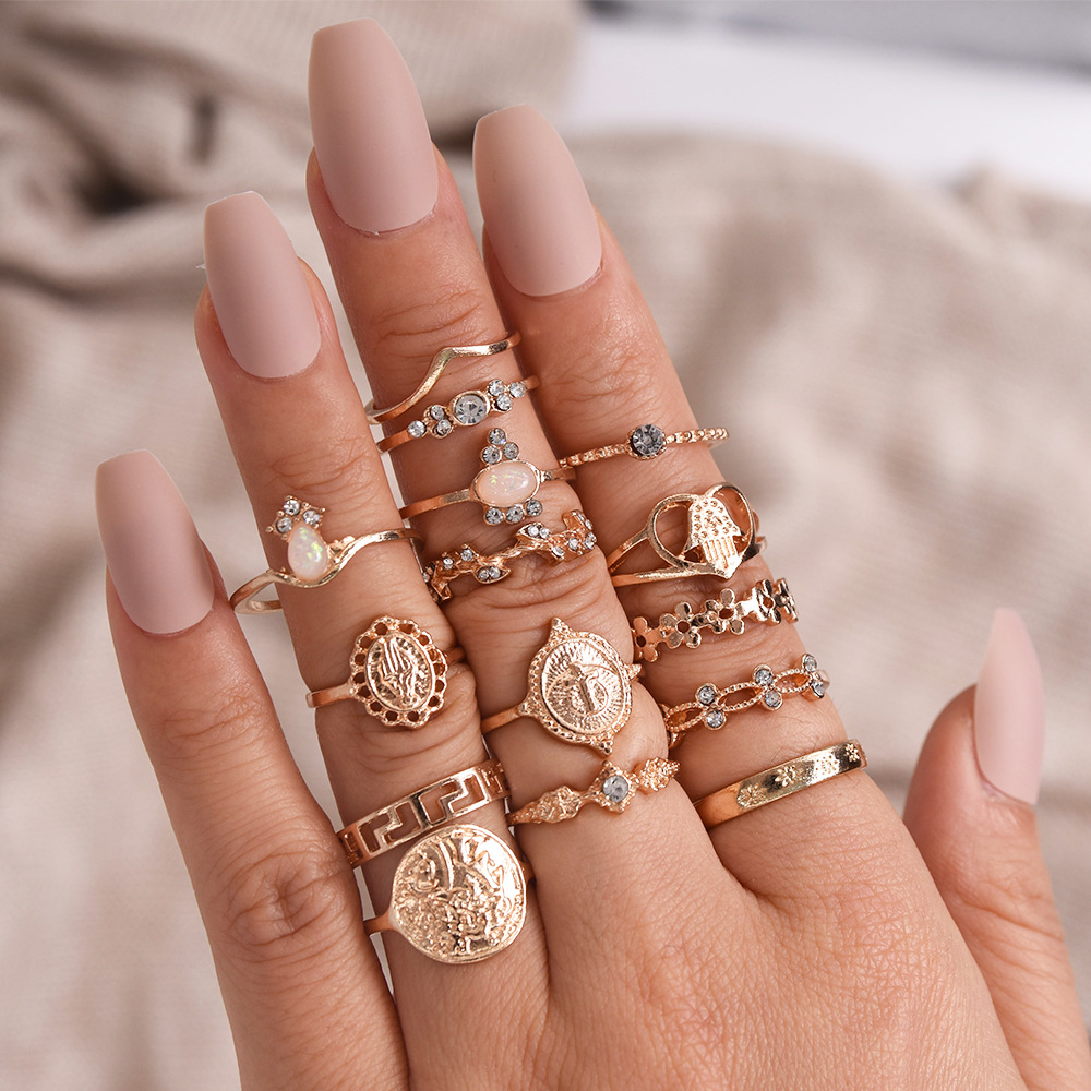 15 Pcs/set New Vintage Gold Coin Beauty Head Pattern Cross Love Heart Ring Set Women Wedding Anniversary Gift