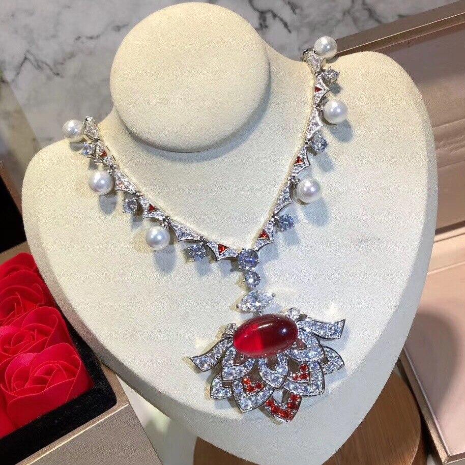 Mode de luxe perle rouge complet AAA Zircon fleur secteur pendentif collier exagéré rétro femmes Pseudo or accessoires bijoux