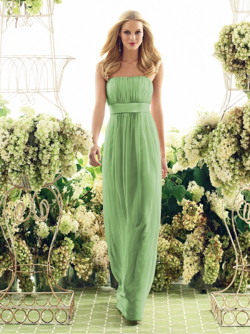 Cheap Elegant A-Line Floor Length Chiffon Formal Strapless Long Prom Party Gown Backless Sleeveless 2018 Bridesmaid Dresses