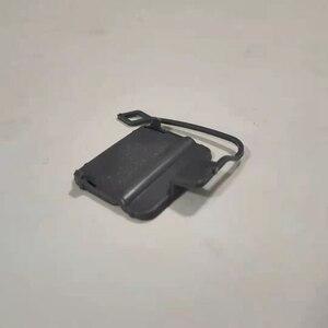 Image 2 - Hinten Stoßstange Abschleppen Tow HAKEN Auge Abdeckung Kappe 51127187542 für BMW E90 3 Serie 325I 325Xi 328I 330I 2005 2008