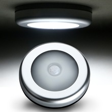 Portable Cordless Battery-Powered 6-LED Night Light Stick On Motion Sensor Wall Lamp Magnet Closet Light