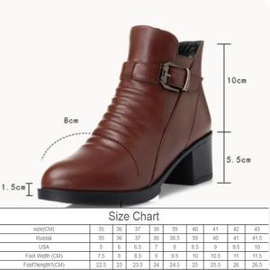 Image 2 - 여성 부츠 2020 겨울 새로운 정품 가죽 여성 부츠 두꺼운 모직 따뜻한 면화 신발 플러스 크기 35 43 발목 부츠 여성