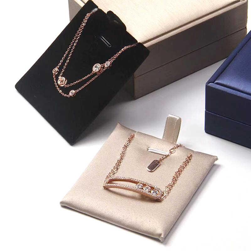 Xin Jia Yi Kemasan Komersial Kardus Matte Bayi Hadiah Embossing Kotak Perhiasan