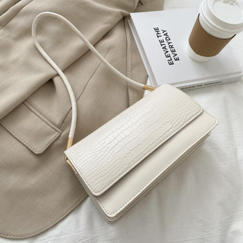 Alligator Pattern Baguette Bags for Women 2020 New Luxury Handbags Designer Shoulder Bag Fashion PU Leather Female Underarm Bag - Beige, 24x13x8cm