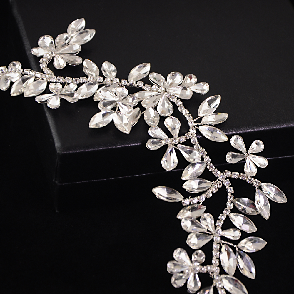 TRiXY H239 Elegant Sparkly Crystal Hair Decoration Silver Diamond Bride Headdress Rhinestone Hair Jewelry Wedding Accessories