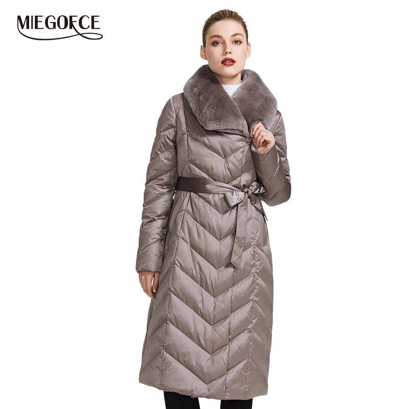 Miegofce 2019 nova coleção jaqueta feminina com gola de coelho casaco de inverno feminino cores incomuns que um parka de inverno à prova de vento