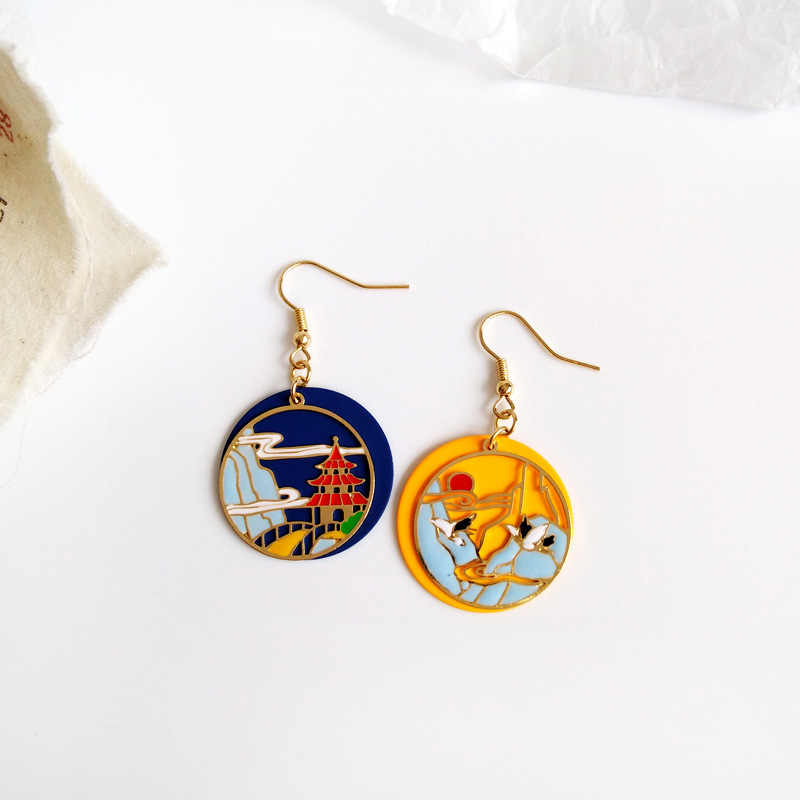 YANHONG 2019 Retro culture, oil painting, geometric elements, earrings, carp, court matching, Chinese clothing, earrings