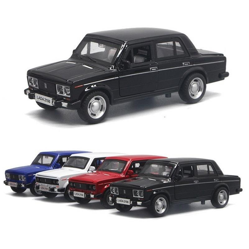 Russian Lada 2106 Vintage Classic Lada Alloy Car Model Return Belt Acoustooptic Simulation Collection Ornaments Children's Toys