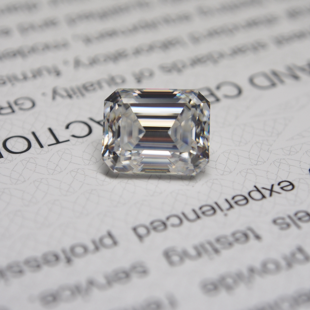 3*5 mm Emerald Cut 0.27 carat White Moissanite Stone Loose Moissanite Diamond