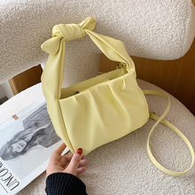 Spring and Summer 2020 New Fashion Women's Portable Bucket Bag Fashion Women's Bag Trend Women's One Shoulder Messenger Bag spring and summer 2020 new fashion women s portable bucket bag fashion women s bag trend women s one shoulder messenger bag