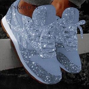 Image 1 - Kadın Flats rahat Bling ayakkabı 2020 sonbahar kış Platform ayakkabılar bayanlar Sparkle mokasen Femme dantel Up Chaussures Femme