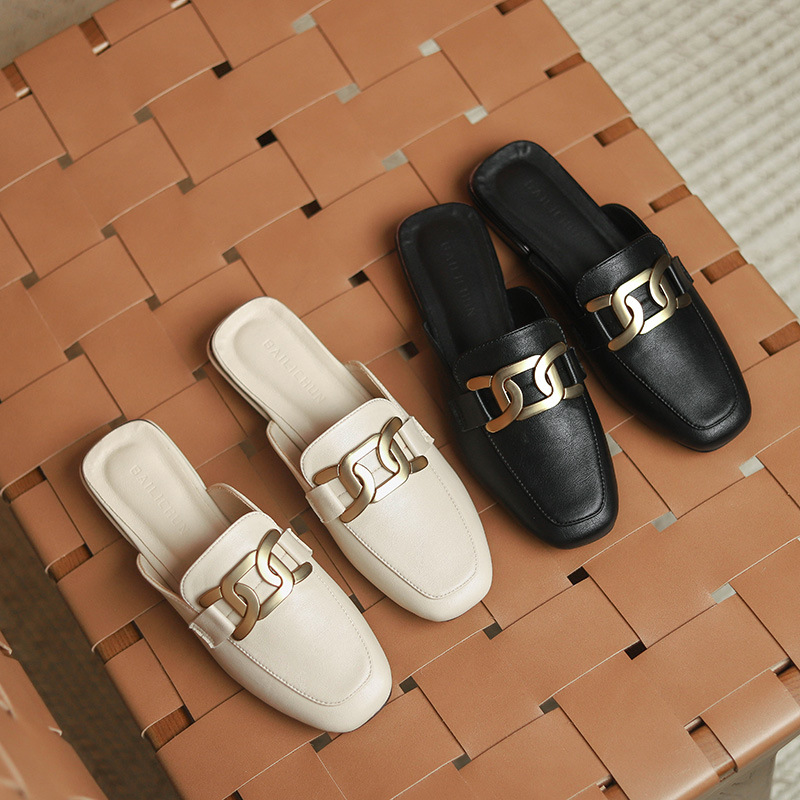 2021 new slippers for women's summer wear fashion square end British large size women's shoes chunky heeled sandals loafers loaf