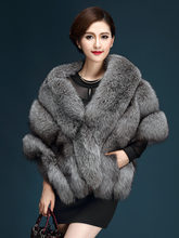 Sjaal Faux Vossenbont Batwing Vrouwen Winter Warm Fluffy Shaggy Jas Lange Ponchos Capes Warm Vrouw Designer Jas 2019 Real foto(China)