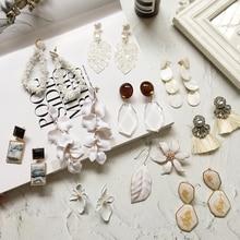 Ztech White Earrings Chic It Is Tall Wood/Crystal/Pearl/Flower/Tassel/Acrylic/Metal Drop Dangle Big Earrings For Women Bijoux chic faux pearl tassel elastic anklet for women