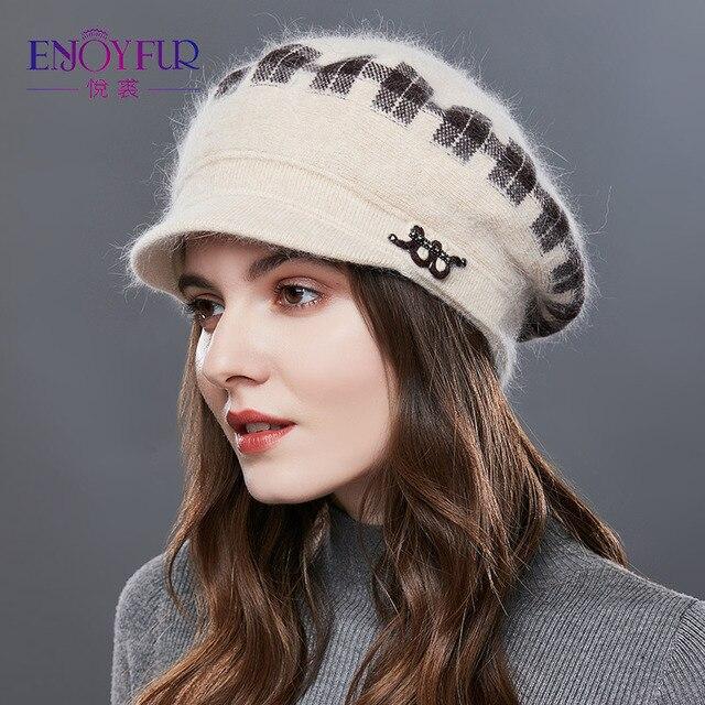 Enjoyfurウサギニット女性の帽子暖かい厚手バイザーキャップ冬の高品質チェック柄ミドル中年女性キャップカジュアル帽子女性