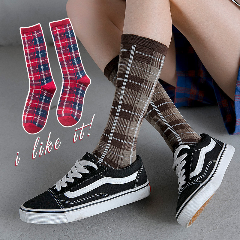 Women Socks 2019 Autumn New Checkered Retro Cotton Socks Crew Comfortable Color England Style Fashion Elastic Plaid Socks Women
