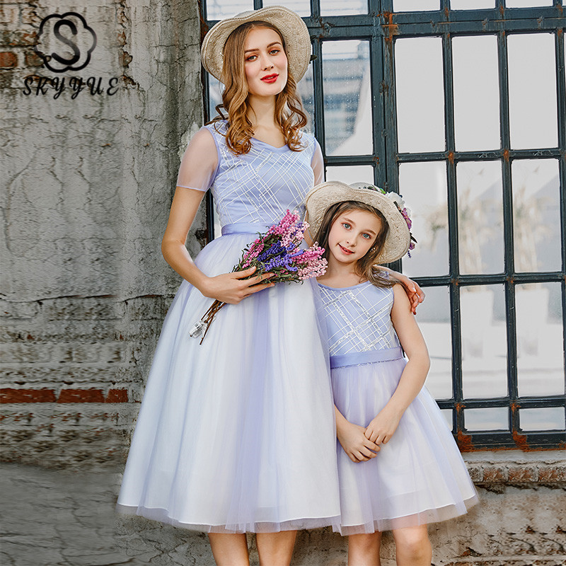 Skyyue Mother-child Prom Dress FB141 Orange Crepe A-Line Banquet Dresses V-Neck Knee-Length Vestido De Gala For Mom And Daughter