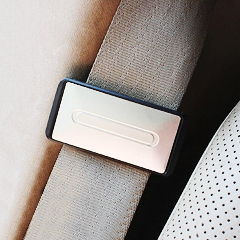 Support de ceintures de sécurité de voiture réglable, pince Portable pour véhicule, Clip, accessoires d'intérieur de voiture, 2 pièces 1