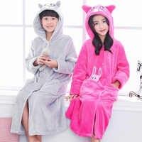 Bata de baño de franela a la moda para niños y niñas, ropa de dormir cálida con dibujos de cerdo, pijama de un solo botón
