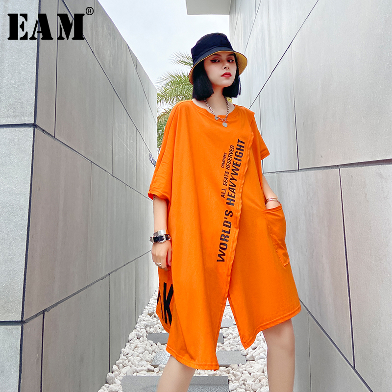 [EAM] Women Orange Letter Printed Irregular Big Size T-shirt New Round Neck Half Sleeve  Fashion Tide  Spring Summer 2020 1U371