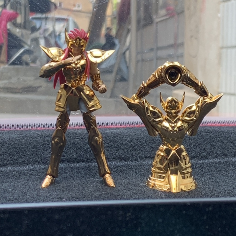 Mini-tissu DDP, modèle en STOCK, jouet de figurine en or, saint Aquarius, Camus, armure métallique avec objet saint, jouet d'action