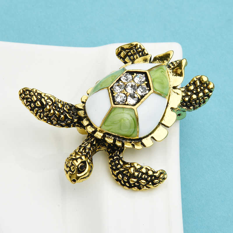 Wuli/&baby Women Men Metal Brooches Natural Shell Big Turtle Animal Brooch Pins Stylish Elegant Vintage Small Brooch for Mom Grandmothers Gifts