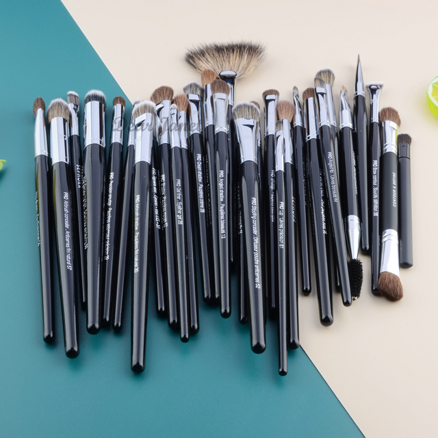 Pro Makeup brushes Eyeshadow detail eye make up brush Concealer highlight smudge crease blending shadow eyebrow liner Lip 1