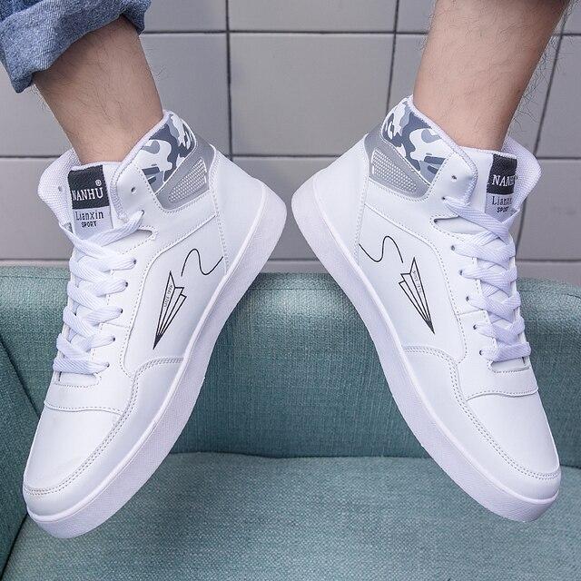 באיכות גבוהה מותג גברים נעליים יומיומיות מכירה לוהטת שחור נעליים יומיומיות גברים לנשימה אביב אופנה גבוהה למעלה מקרית גברים נעלי לבן