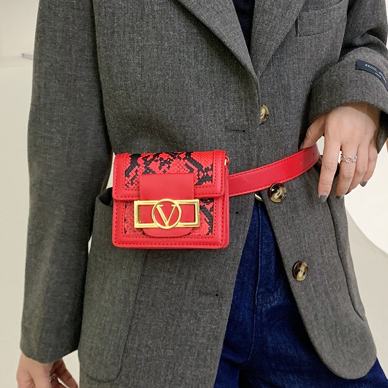2020 New Fanny Pack Women Waist Belt Bag Serpentine Vintage Waist Bags Girl Fashion Bum Pouch Phone Leather Chest Packss