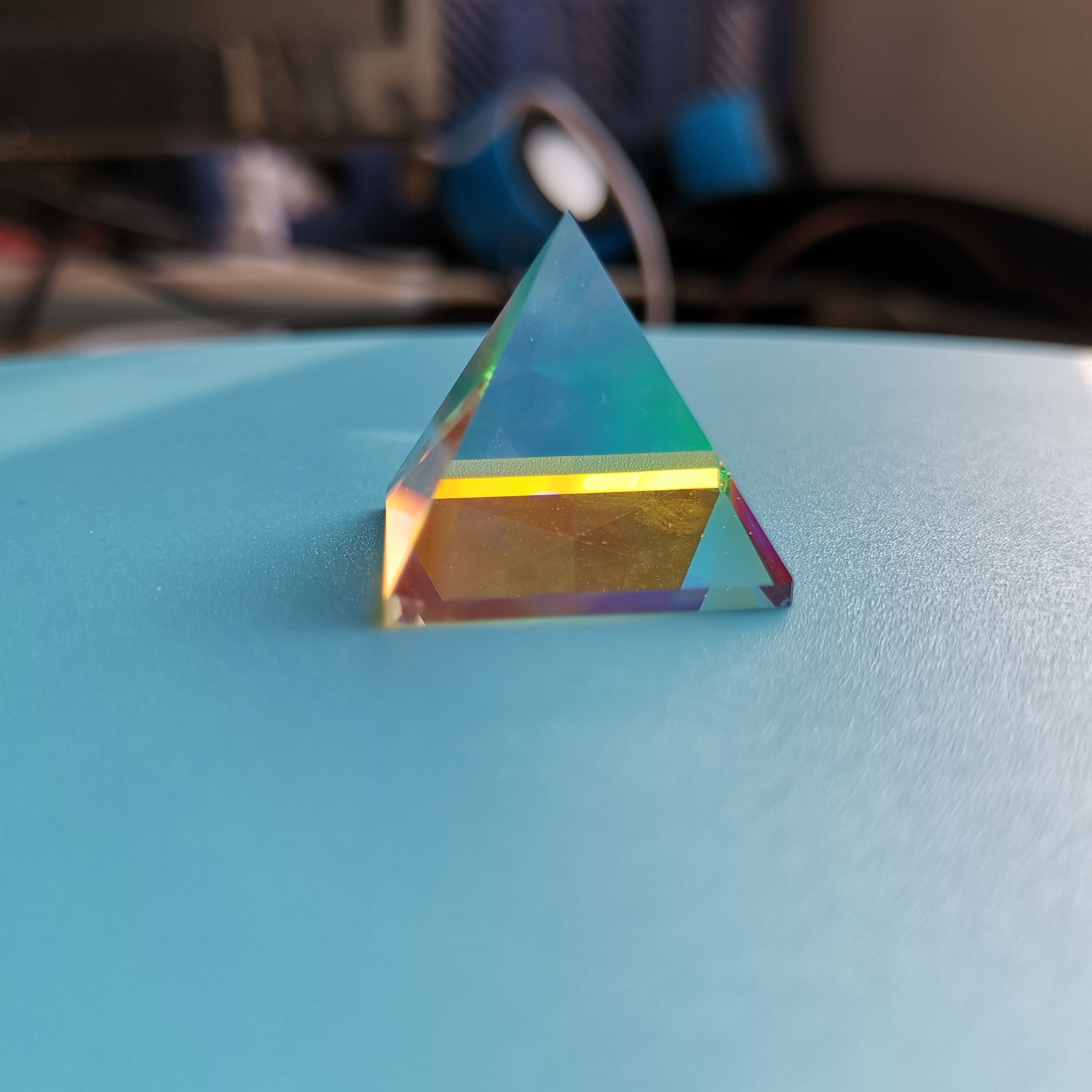Colored Pyramid Prism Optical K9 Glass Student Experiment Instrument Tool Christmas Gift Home Decoration