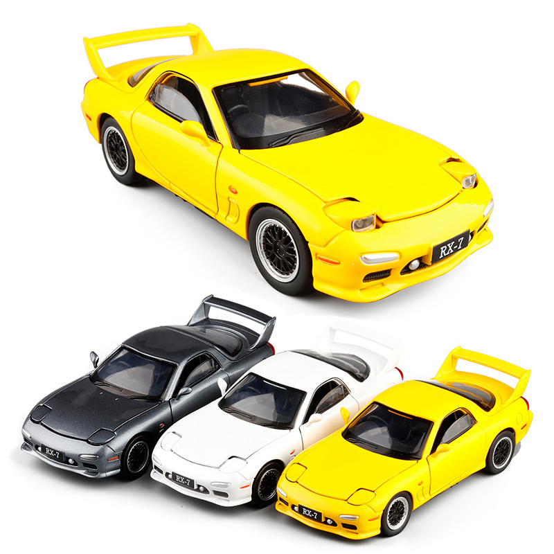 1:32 3 Colors RX7 Diecasts Vehicles Alloy Super Car Model 4 Door Unique Sports Car With Lights And Sound Pull Back Model V230