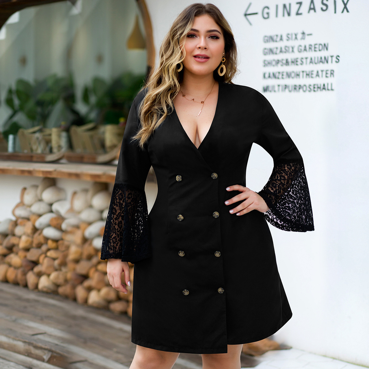 Plus Size Lace Little Black Dresses A-Line Button Deep V-Neck Flare Sleeve Knee-Length Sexy Short Party Gowns Robe De Soiree