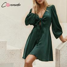 Conmoto Модное короткое платье с v образным вырезом, атласное платье с поясом, короткое платье с высокой талией, платье с рукавами фонариками, осень зима 2019
