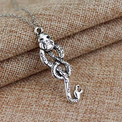 Alloy Pendan Jewelry Nagini Slytherin Necklaces Voldemort Death Eater Snake Necklaces Dark Mark Women Men Cosplay Necklace Gift