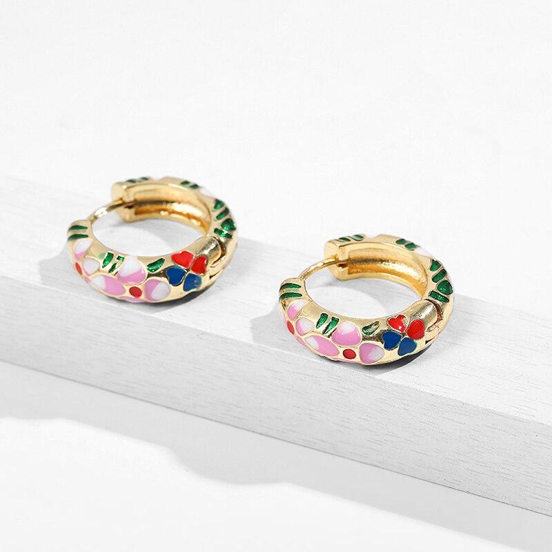 Bohemia Flower Leaf Small Hoop Earring for Women Fashion Multicolor Enamel Small Hoops Huggie Earrings Pearl Bijoux 2020 Brincos