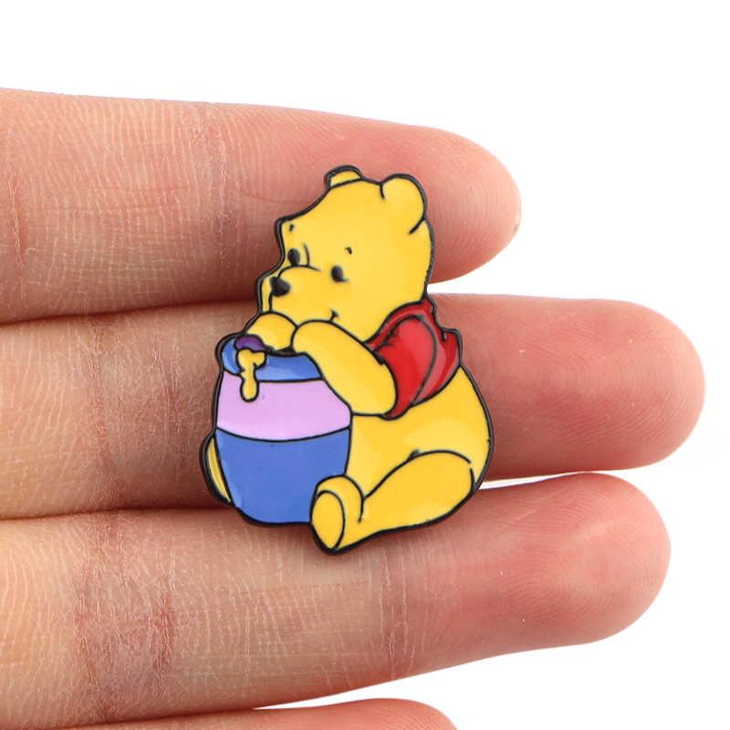 Karikatür Anime kaplan domuz ayı eşek hayvanlar takı Metal emaye pimleri ve broşlar iyi arkadaş sevimli yaka Pin rozeti hediyeler 1 adet