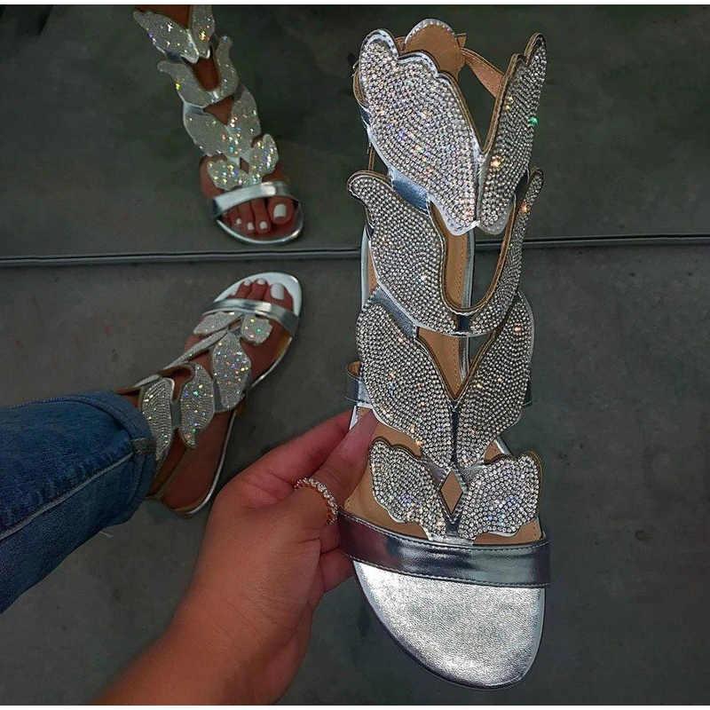 Giày Sandal Nữ Đính Kim Cương Giả Phẳng Dây Đeo Mắt Cá Chân Mùa Hè Nữ Khóa Võ Sĩ Giác Đấu Giày Đi Biển Nữ Bling Nữ Thời Trang Size +